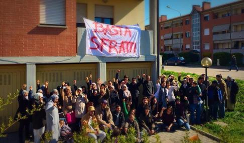Picchetto antisfratto Anzola (foto fb Idra)