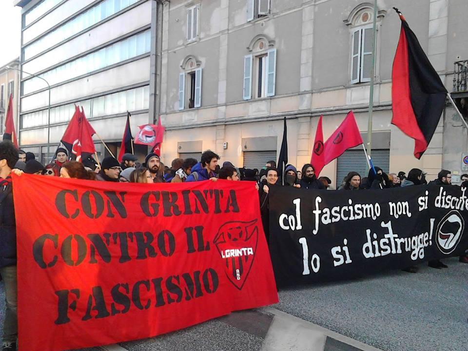 Corteo antifascista Cremona (foto Zic)