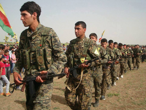 Guerriglieri YPG (foto da flickr @kurdishstruggle)
