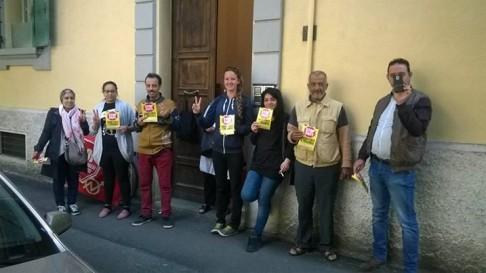 Picchetto antisfratto (foto fb Social Log)