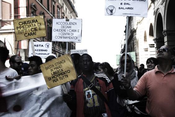 Corteo contro il Cie, 2014 (foto Flavia Sistilli)