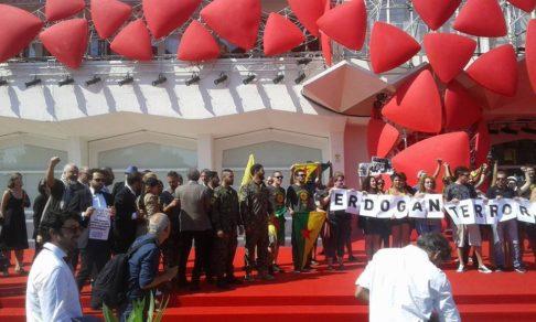 Manifestazione pro-Rojava a Venezia (foto GlobalProject)