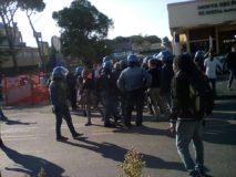 Migranti Tiburtina @fb Blocchi precari metropolitani