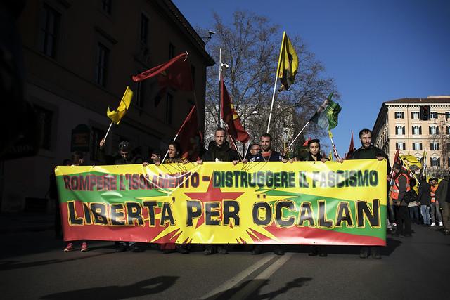 53c8237d5e E' all'insegna di questo messaggio che domani a Bologna si svolgerà una  manifestazione nell'ambito della due giorni di azione nazionale (11-12  maggio) ...