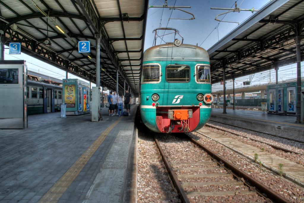 Maggiore sicurezza sui treni 24 ore di sciopero for Costo seminterrato di sciopero