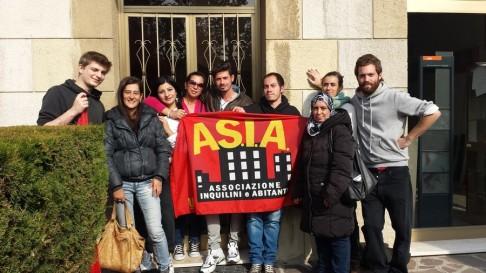 Presidio antisfratto (foto Asia Usb)