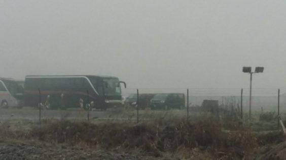 Pullman in partenza da Cona (foto twitter @MeltingPotEu)