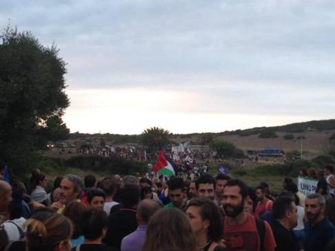 A fora sas bases #Decimomannu (foto da twitter @parlodasolo)