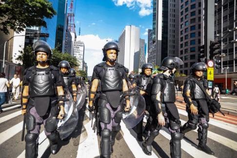 Polizia brasiliana (foto Midia Ninja)