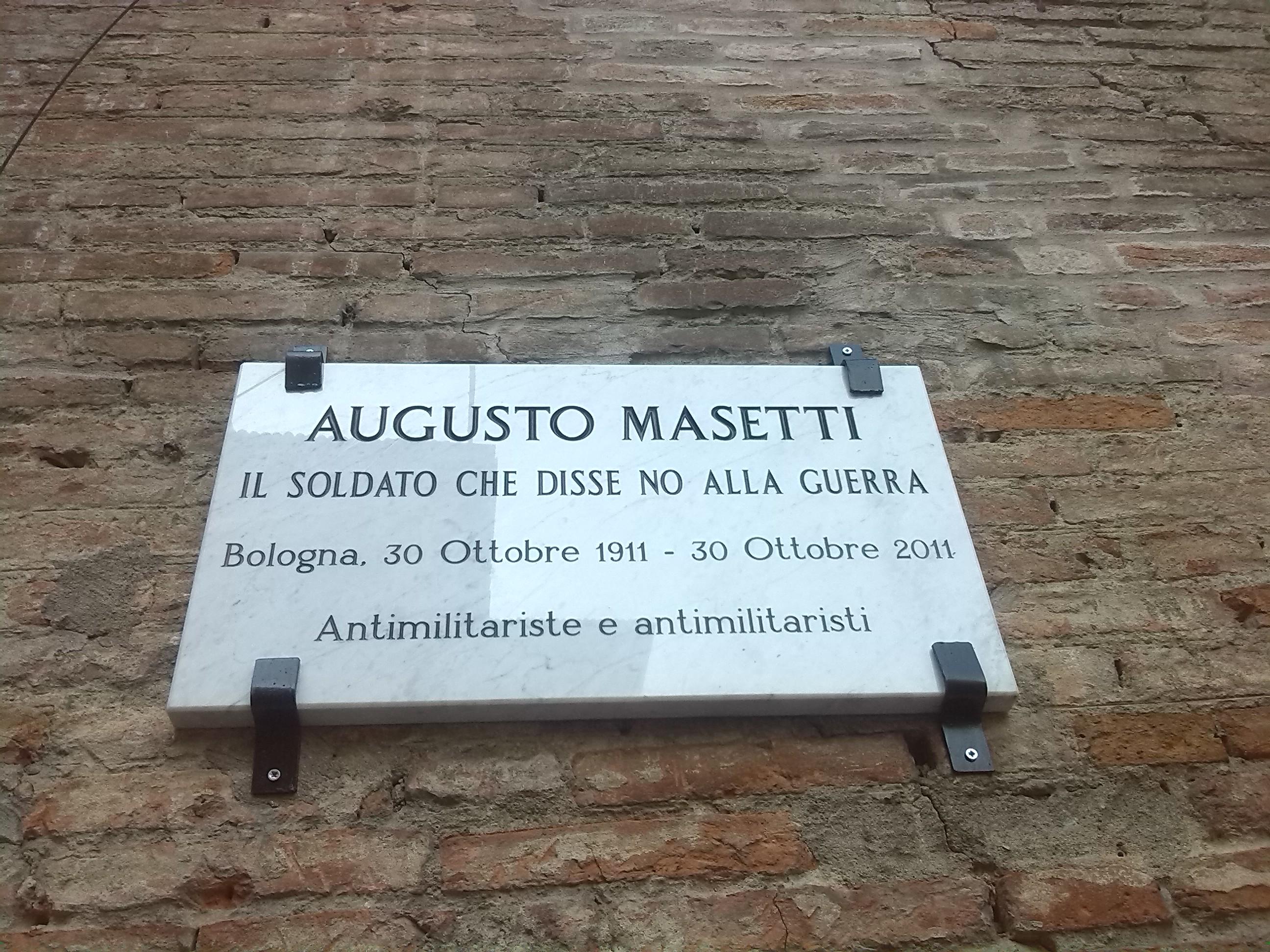 Targa per Augusto Masetti (foto Berneri)