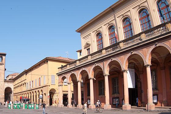 Piazza Verdi, Teatro comunale (foto Fabio Duma)