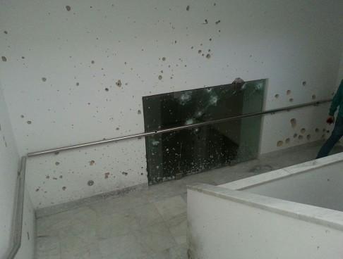 Fori di proiettile al Museo del Bardo (foto da flickr @VinceTraveller)