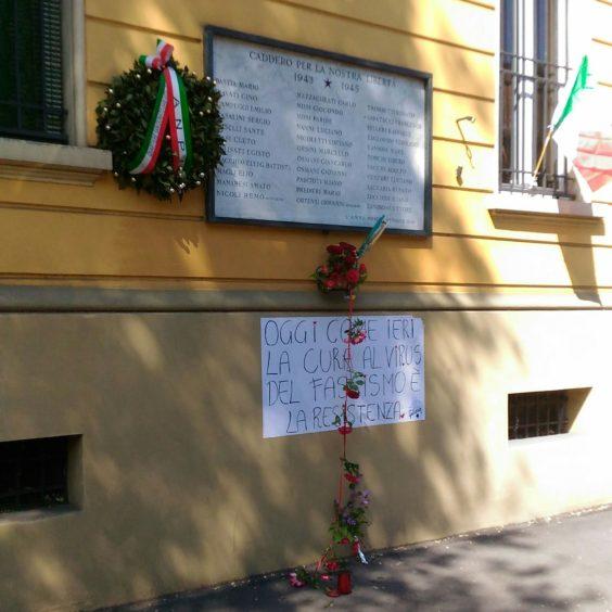 Targa partigiani via Bentivogli (foto inviata a Zic)
