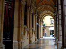 Tribunale, via Farini (foto Loredana Sansavini)
