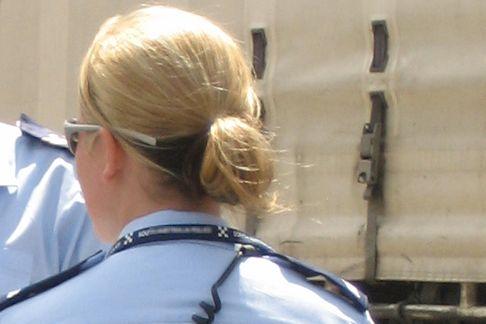 Vigilessa, poliziotta (foto Luke Roberts)