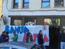 Occupazione via Zanolini (foto Zic)