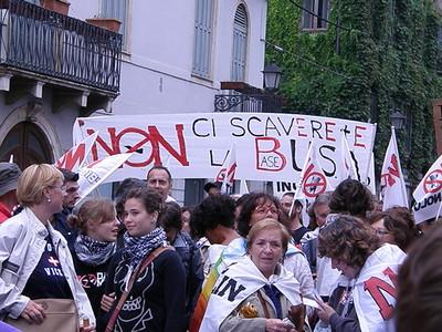 """2 - manifestazione """"no dal molin"""" vicenza 13 settembre 2008"""