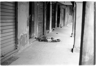 11 marzo 1977 - via Mascarella, il luogo do ve Francesco Lorusso fu ucciso