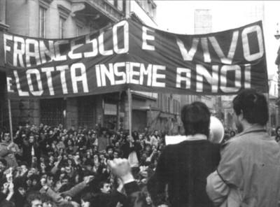 Bologna 16 marzo 1977 - via Rizzoli, manifestazione dopo l'uccisione di Francesco Lorusso